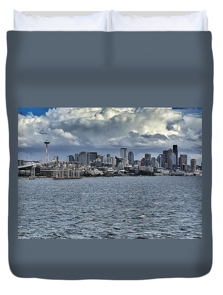 Summer In Seattle Duvet Cover