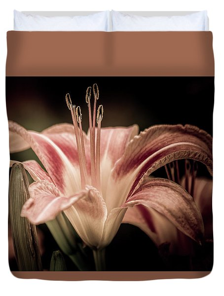 Summer Lily Duvet Cover