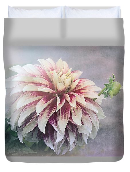 Summer's Dahlia Duvet Cover