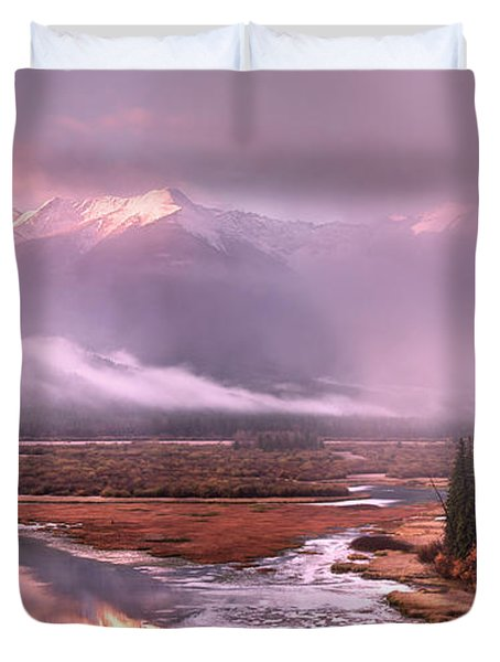 Duvet Cover featuring the photograph Sun Dance by John Poon