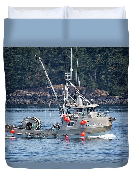 Sun Fisher Off Campbell River Duvet Cover