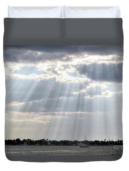 Sun Rays Over Lagoon Duvet Cover