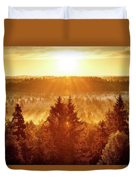 Sun Rising At Swamp Duvet Cover by Teemu Tretjakov