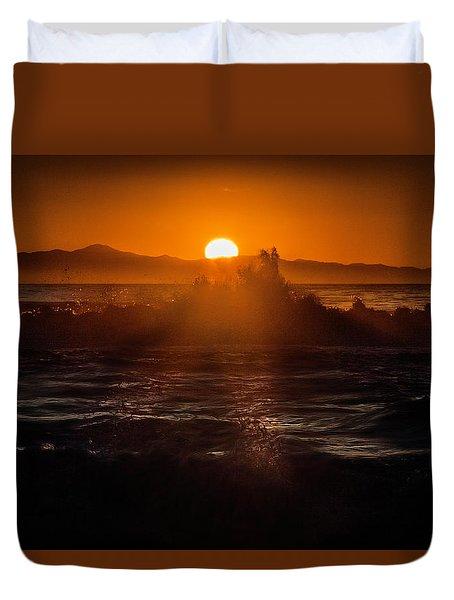 Sun Setting Behind Santa Cruz Island Duvet Cover
