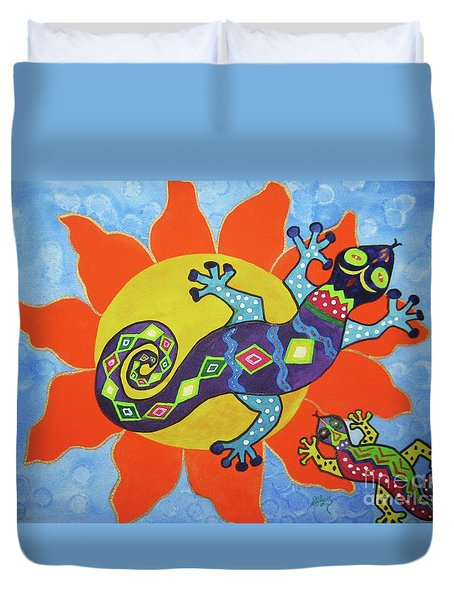 Duvet Cover featuring the painting Sunbathing Lizards by Ellen Levinson