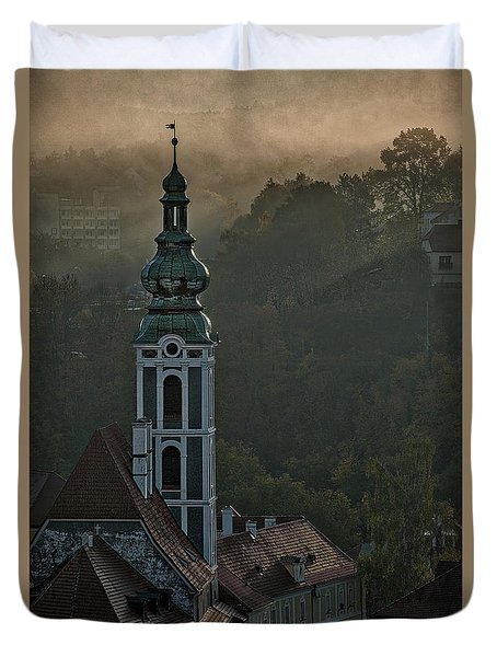 Duvet Cover featuring the photograph Sunbeams Through The Morning Fog by Stuart Litoff
