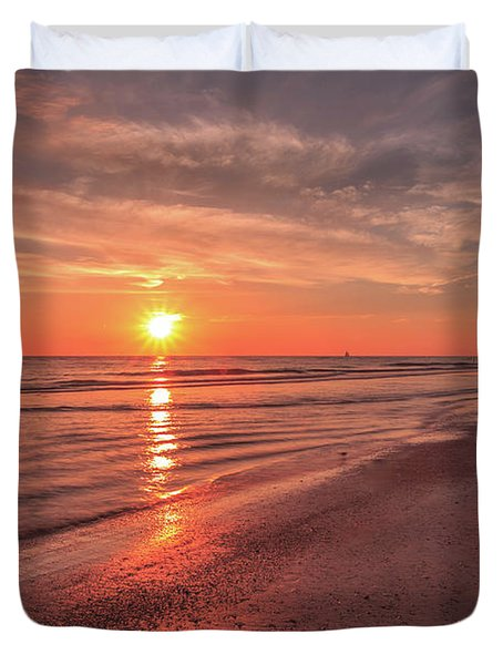 Sunburst At Sunset Duvet Cover