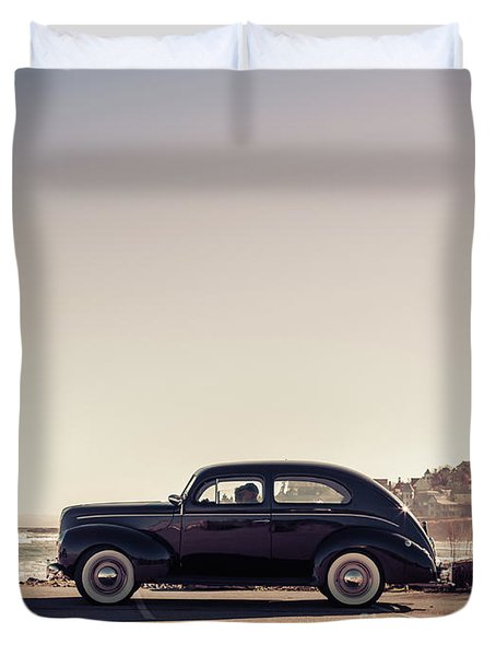 Duvet Cover featuring the photograph Sunday Drive To The Beach by Edward Fielding