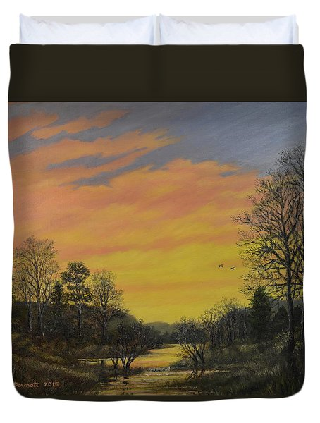 Duvet Cover featuring the painting Sundown Glow by Kathleen McDermott