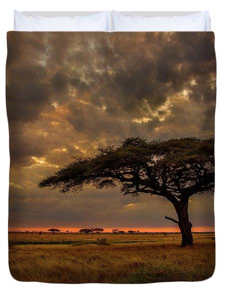 Sundown, Namiri Plains Duvet Cover