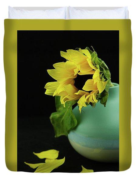 Sunflower In Blue Pottery Duvet Cover