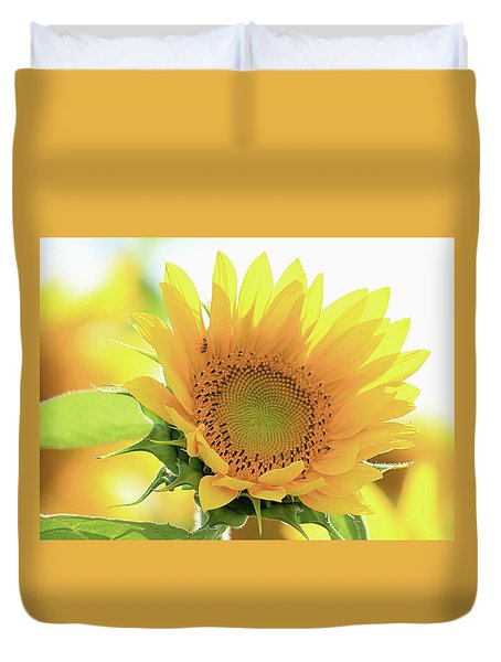 Sunflower In Golden Glow Duvet Cover