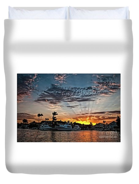 Sunrays Over Huntington Harbour Duvet Cover