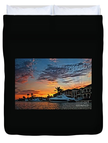 Sunrays Sunset Over Huntington Harbour Duvet Cover