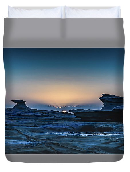 Sunrise And Rock Platform Landscape Duvet Cover