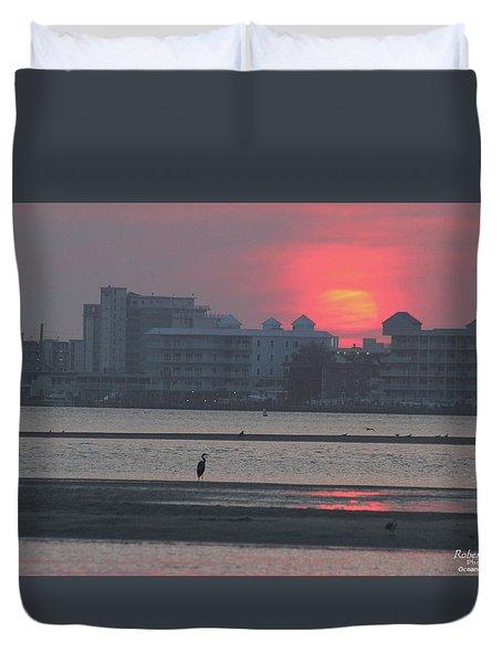 Sunrise And Skyline Duvet Cover