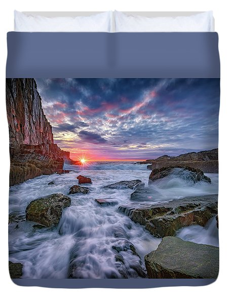 Sunrise At Bald Head Cliff Duvet Cover by Rick Berk