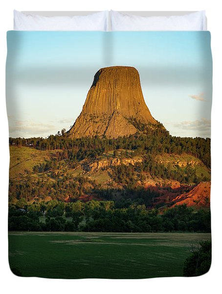 Duvet Cover featuring the photograph Sunrise At Devils Tower by Bill Gabbert