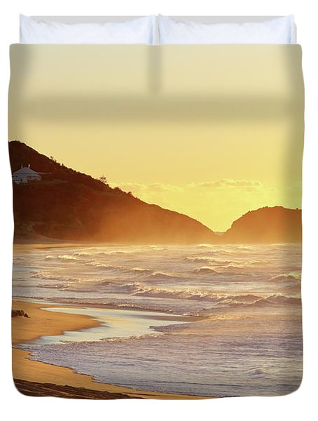 Sunrise At Sugarloaf Point Duvet Cover