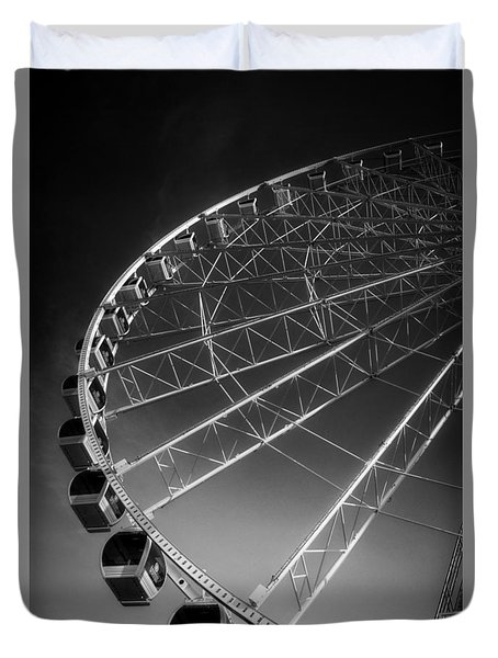 Sunrise At The Wheel In Black And White Duvet Cover