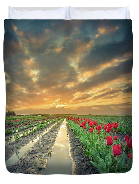 Duvet Cover featuring the photograph Sunrise At Tulip Filed After A Storm by William Lee