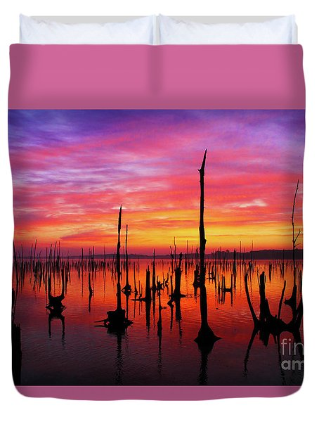 Sunrise Awaits Duvet Cover by Roger Becker