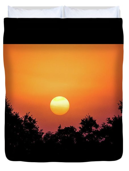 Duvet Cover featuring the photograph Sunrise Bliss by Shelby Young