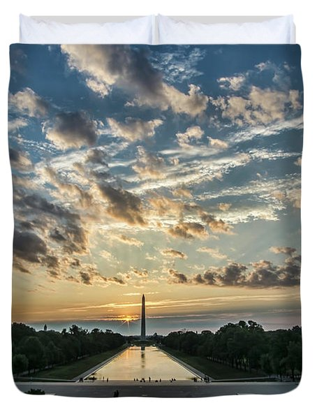 Sunrise From The Steps Of The Lincoln Memorial In Washington, Dc  Duvet Cover