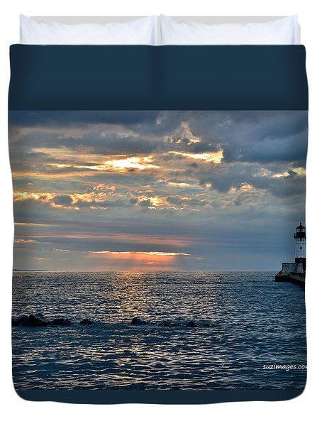 Sunrise In Duluth Duvet Cover