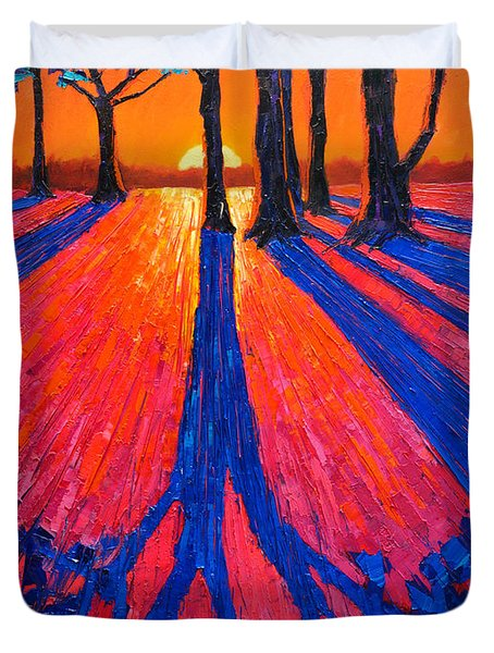 Sunrise In Glory - Long Shadows Of Trees At Dawn Duvet Cover
