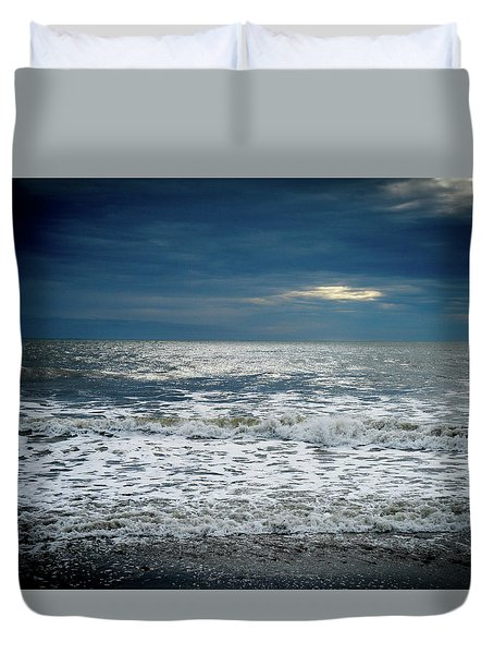 Sunrise-kennebunk Beach Duvet Cover