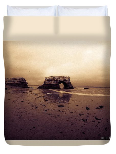 Duvet Cover featuring the photograph Sunrise by Lora Lee Chapman