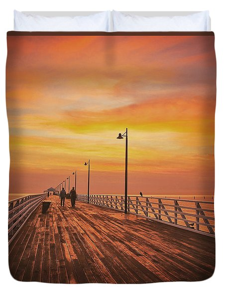 Sunrise Lovers Duvet Cover