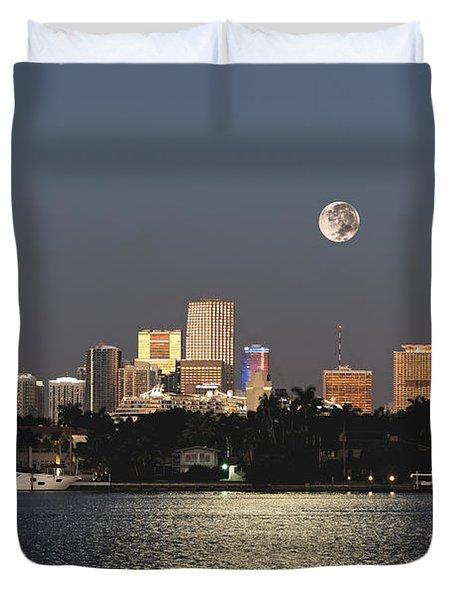 Moonrise Over Miami Duvet Cover