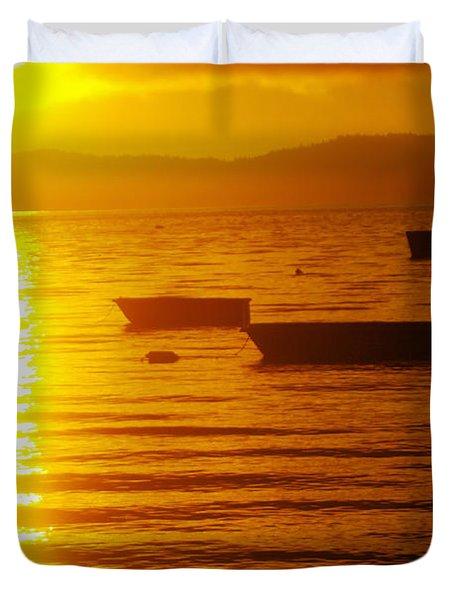 Sunrise Near Liliwaup  Duvet Cover
