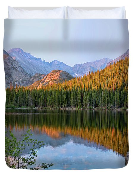 Sunrise On Bear Lake Rocky Mtns Duvet Cover by Teri Brown