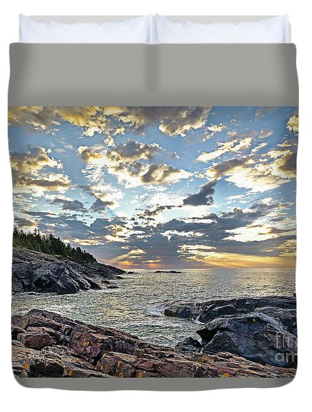 Sunrise On Christmas Cove Duvet Cover