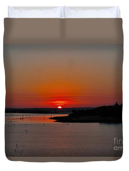 Duvet Cover featuring the photograph Sunrise On Lake Ray Hubbard by Diana Mary Sharpton