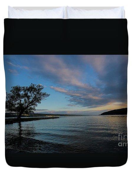 Sunrise On Seneca Lake Duvet Cover