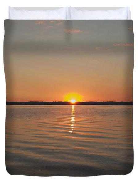 Duvet Cover featuring the photograph Sunrise On Seneca Lake by William Norton