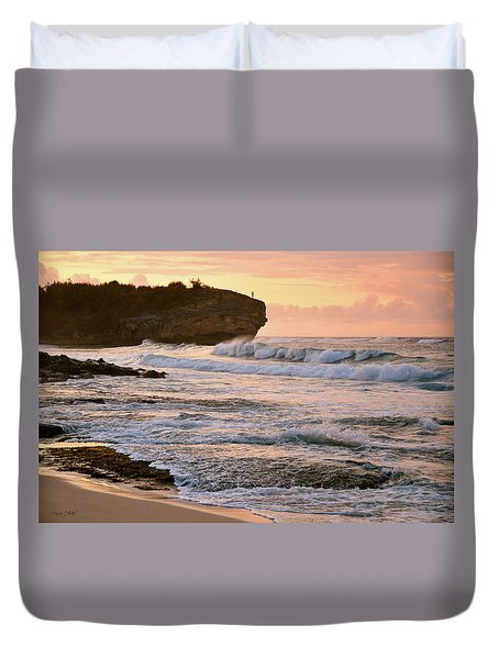 Sunrise On Shipwreck Beach Duvet Cover by Marie Hicks