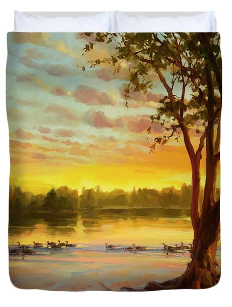 Sunrise On The Columbia Duvet Cover