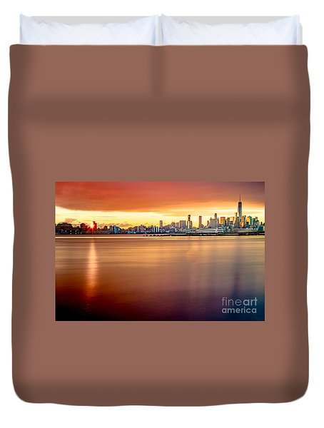 Sunrise On The Weehawken Waterfront Duvet Cover