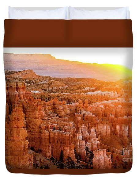 Sunrise Over Bryce Canyon Duvet Cover