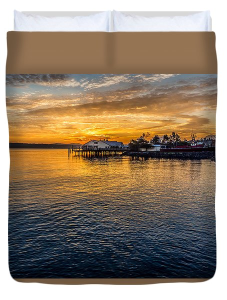 Sunrise Over Commencement Bay Tacoma, Wa Duvet Cover