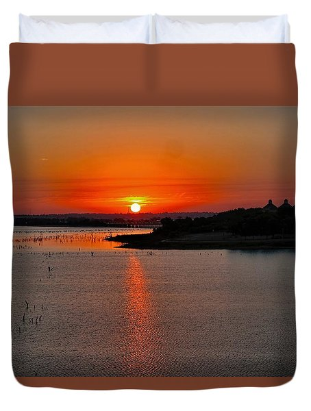 Duvet Cover featuring the photograph Sunrise Over Lake Ray Hubbard by Diana Mary Sharpton