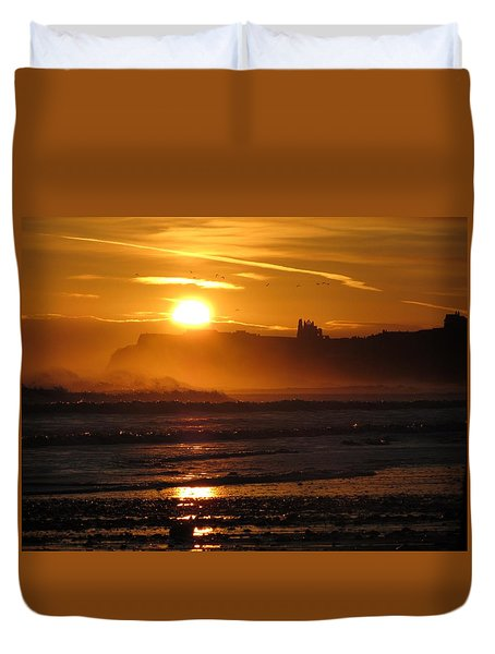 Sunrise Over Sandsend Beach Duvet Cover