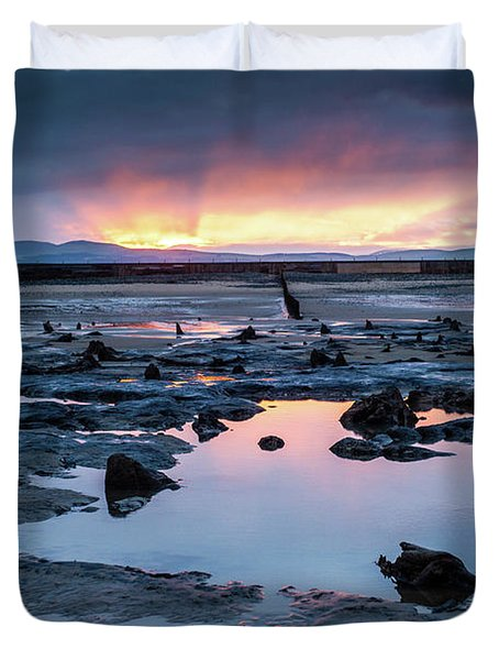 Sunrise Over The Bronze Age Sunken Forest At Borth On The West Wales Coast Uk Duvet Cover