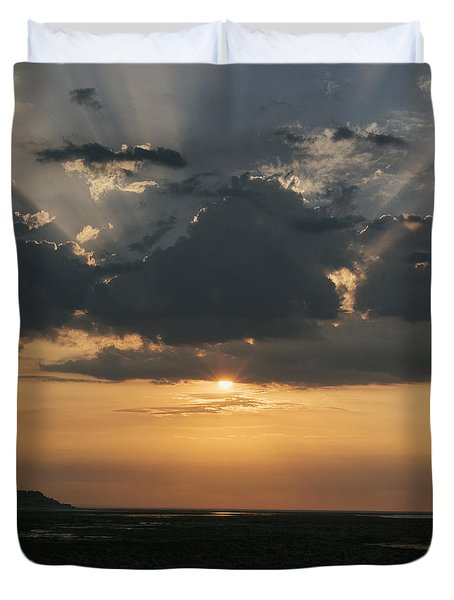 Sunrise Over The Isle Of Wight Duvet Cover