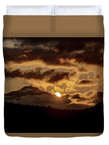 Sunrise Over The Peak Duvet Cover